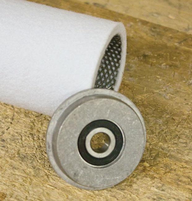 roller bearing / endcap detail